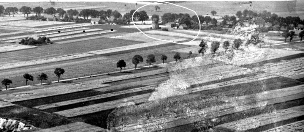 Luftaufnahme-1930-Hof Amende mit Mühle